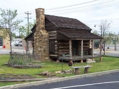 Michael Gaffney Home back view Photo, Click for full size...great idea for dollhouse