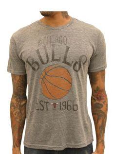 19.00 Bulls Est. 1966 - Junk Food T-Shirt