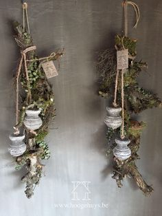 Decoration – Hoogehuys – Peter van der Corput – … – Home Decoration Christmas Greenery, Country Christmas, Christmas Home, Vintage Christmas, Christmas Wreaths, Christmas Crafts, Christmas Ornaments, Deco Table Noel, Natural Christmas