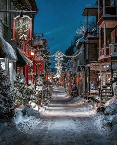 I am sharing some interesting snow images of the winter 2017 with you. great photography of winter like fog photography, iceberg photography and snowfall photography (Snow Images). Winter Szenen, Winter Magic, Winter Season, Quebec Winter, Winter Travel, Winter 2017, Beautiful World, Beautiful Places, Wonderful Places