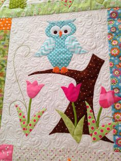 Happy Appliquer: Tuella and Friends quilt finished! Owl Baby Quilts, Baby Quilts Easy, Baby Boy Quilt Patterns, Handmade Baby Quilts, Patchwork Baby, Patchwork Quilting, Girls Quilts, Applique Quilts, Amische Quilts