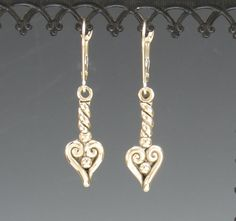 Twisted Wire Heart Yellow Gold Earrings - Handmade One of a Kind Artisan Jewelry Made in the USA with Free Domestic Shipping! Denim and Diamonds Jewelry Etsy Jewelry, Cute Jewelry, Jewelry Stores, Denim And Diamonds, Jewelry Trends, Jewelry Accessories, Earrings Handmade, Handmade Jewelry, Artisan Jewelry