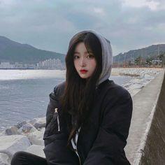 ulzzang, girl, and fashion image Ulzzang Korean Girl, Cute Korean Girl, Asian Girl, Ulzzang Girl Selca, Ulzzang Fashion, Korean Fashion, Korean Beauty, Asian Beauty, Korean Spring Outfits