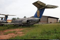 21 Abandoned Airplane Graveyards Where Aviation History Goes to Die  - empfohlen von First Class and More