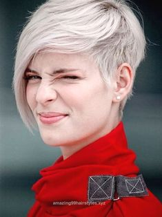 Nice Check out this pictures for one of the cutest undercut hairstyles we've seen! It's a fabulous and flattering short haircut that is easy to grow out. The post Check out this pictures f ..