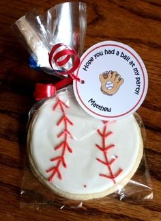Baseball Cookie Party Favors Spring by WhimsicalOriginalsDB Baseball Theme Birthday, Sports Birthday, Birthday Fun, First Birthday Parties, First Birthdays, Baseball Party Favors, Birthday Ideas, Sports Party, Baseball Theme Cakes