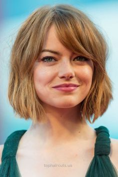 15 Hottest Short Hairstyles of 2015 Emma's side-swept bangs and angled bob frame her face so well! This style is perf for girls with rounder faces. http://www.tophaircuts.us/2017/05/17/15-hottest-short-hairstyles-of-2015/