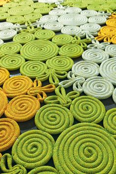 Spin from the Natural rug collection by Paola Lenti << knitting icord spool knitting rug Rope Crafts, Diy And Crafts, Arts And Crafts, Tapetes Diy, Rope Rug, Spool Knitting, Rope Basket, Braided Rugs, Diy Carpet