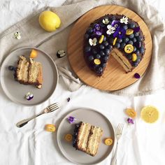 [version française à la fin de l'article]lemon and dark chocolate? what a strange combination!that's actually what we thought when we saw the recipe of&nb