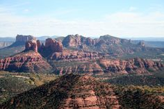Combining outstanding natural beauty with luxury, Sedona has it all. Discover its ten finest eateries here.