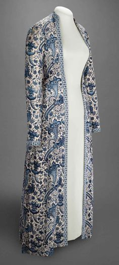 Woman's Gown (Wentke), Coromandel Coast, India, c. 1730 (chintz); and Hindeloopen, The Netherlands, mid-18th century (construction), cotton, resist-dyed and painted; gown, lined with linen, trimmed with Dutch weft-patterned tape (langetband). Veldman-Eecen Collection, Peabody Essex Museum, Salem, 2012.22.15