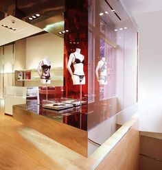My early years of Retail, collaboration with Buratti Architetti