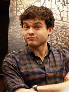 Alden Ehrenreich.  http://moviesshowsnbooks.tumblr.com/post/34250842206/beautiful-redemption-book-signing-and-discussion-w