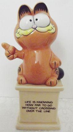 Garfield the Cat. Vintage 1981 Ceramic Enesco Statue Figurine.