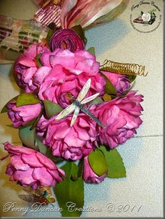 Lots of links to sites with templates and tutorials to create your own 3D flowers