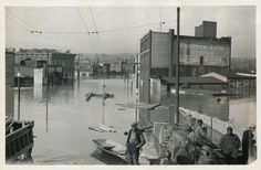 Cincinnati, Ohio, 1937 flood, from the collection of the Public Library of Cincinnati and Hamilton County: Looking North from Ludlow Avenue Viaduct. January 26, 1937 2:00PM. River Stage 79.8ft.