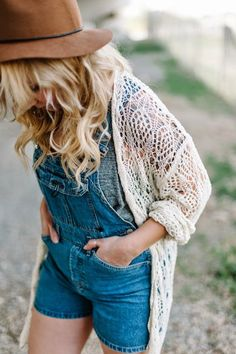 Denim romper, sweater and hat. Fall fashion trends 2015.: