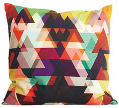 House Doctor Triangle Kussen 50 x 50 cm - Rood House Doctor, Kitsch, Origami, Triangle Pillow, Geometric Cushions, Art Japonais, Textiles, Affordable Home Decor, Soft Furnishings