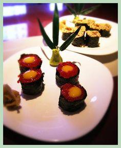 sushi tonight! Any girl take in sushi at 215am. Seems very great      sushi roll #rawsushi #Mmmmmmm