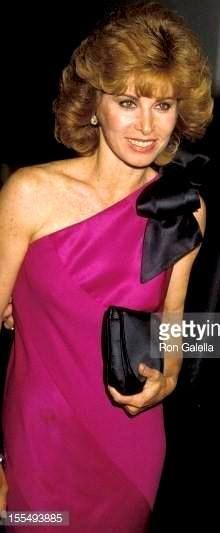Lovely picture of Stefanie at the Golden Globe Awards in 1984 Hart Pictures, Epic Pictures, Golden Globe Award, Golden Globes, Stephanie Powers, Special People, Romantic Couples, Hot Actresses, Big Hair