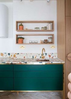 Contemporary gold and green kitchen with terrazzo tiles. How to use terrazzo in the home. Green Kitchen, New Kitchen, Kitchen Dining, Kitchen Ideas, Gold Kitchen, Crazy Kitchen, Kitchen Colors, Kitchen Furniture, Furniture Design