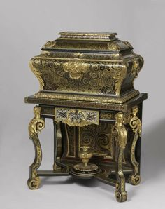 "Rijksmuseum Purchases Most Expensive Furniture Ever : André-Charles Boulle, ""Marriage Coffers with 'Boulle' Marquetry, 1688 - Alain. Art Furniture, Types Of Furniture, French Furniture, Antique Furniture, Furniture Design, Louis Xiv, Coffer, Cabinet Makers, Casket"