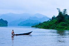 Kaptai Lake, Chittagong Hill Tracts, Bangladesh by Rayhan Khan Bro Game, Daily Star, Heaven On Earth, Monsoon, Amazing Nature, Natural Beauty, Places To Visit, Boat, River