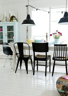 Black is back #chair #decor