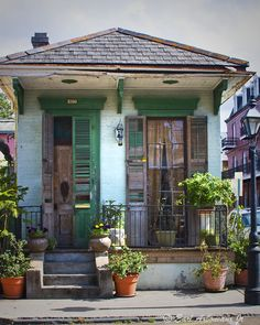 Small amount of disrepair, but so unique! (New Orleans)....