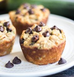 These Chocolate Chip Zucchini Muffins are super moist, healthy and perfect for breakfast or snacking. An easy recipe loaded with chocolate & zucchini. Gluten Free Zucchini Muffins, Zucchini Chocolate Chip Muffins, Muffin Recipes, Bread Recipes, Gluten Free Recipes, Keto Recipes, Easy Meals, Paleo, Desserts