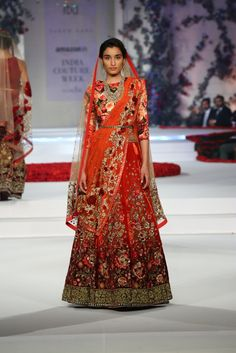 #ICW #ICW2015 #fdci #sunar #VarunBahl #designercouture #detailtherapy #weheartit #exquisite #saree #bridal #indianfashion #elegant #collection #wedding #rose #fleur #elegant #lehenga