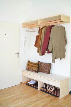 Make it boho DIY Holz 038 Kupfer Garderobe un Diy Wardrobe, Wardrobe Storage, Diy Holz, Boho Diy, Diy Garden Decor, Wood Furniture, Shoe Rack, Sweet Home, New Homes