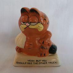 Vintage Garfield the Cat Figurine 1981 Enesco