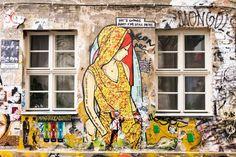 Haus Schwarzenberg is de alternatieve tegenhanger van de Hackesche Höfe. In deze hofjes vind hier veel street art -  Marjolein @Berlijnblog