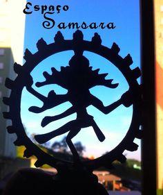 ❤️Namastê!  Gostou desta publicação? Compartilhe com os amigos!  Curta nossa página: facebook.com/samsaravirtual   #namaste #taro #meditation #buda #samsara #taroreading #tarocardsreading #gipsy #gipsycards #sidarta #mystic #yoga #umbanda #ayurveda #magic #naturalthings #breathe #oracles #holistic #runas #fengshui #mandalas #spiritual #esotericism #celtas #witche #axe #cristals  Espaço Samsara Oraculista Karin Hessel Facebook.com/samsaravirtual