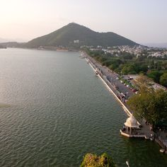 A view of Fatehsagar lake from the top of Moti Magri hill.