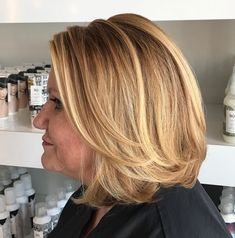 Long Layered Bob Caramel blonde is one of the best hair colors for a longer bob with face-framing layers. The fresh color will brighten up your complexion and eyes, if you have blue, gray… Haircuts For Long Hair, Short Hairstyles For Women, Short Hair Cuts, Bob Hairstyles, Latest Hairstyles, 60 Year Old Hairstyles, Pretty Hairstyles, Good Hair Day, Great Hair