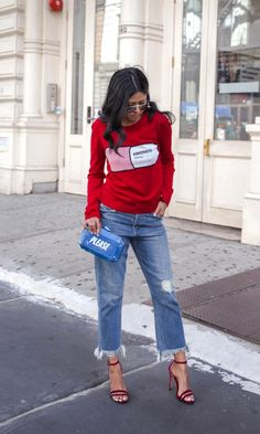 35 Fall Jean Outfit Ideas to Copy | frayed hem kick flares + red heels