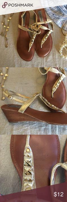 2 inch heel gold Steve Madden thong sandals Thong and ankle strap sandals Steve Madden Shoes Sandals