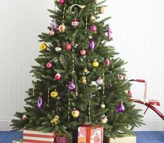 Festive Christmas Tree Decorating Ideas   RealSimple.com