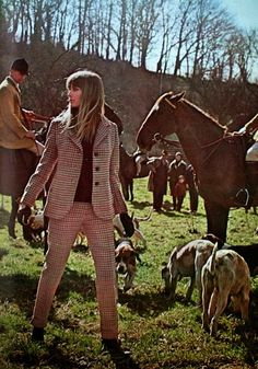 Magdorable!: Following the hunt on foot in tweed, Vogue Pattern 1967