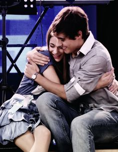 Violetta and Leon (Martina and Jorge) Violetta And Leon, Violetta Live, Disney Channel, Best Tv Couples, Tv Show Couples, Romantic Couples, Series Movies, Tv Series, Disney Shows