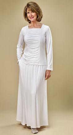 White-knit-temple-skirt