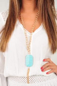 Rock Your Body Necklace: Turquoise --> use SUNSHINESTILETTOS for 10% off plus free shipping! Shophopes.com!