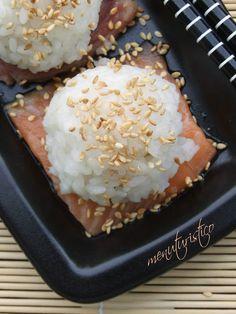 Bocconcini di riso su (il mio primo) sashimi - Menuturistico