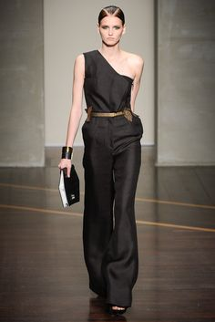 Gianfranco Ferré Spring 2013 Ready-to-Wear - Collection - Gallery - Style.com