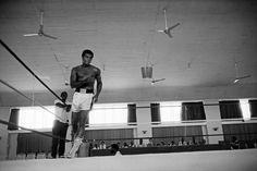 Ali training in Kinshasa, Zaire