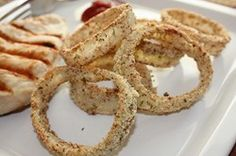 Delicious and easy gluten free onion rings. They remind me of A&W Onion Rings. Healthy Onion Rings, Gluten Free Onion Rings, Healthy Scones, Quick Healthy Breakfast, Dinner Healthy, Healthy Breakfasts, Almond Recipes, Gluten Free Recipes, Healthy Recipes