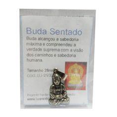 http://maniasemanias.com/produto/pendente-talisma-buda-sentado - Buda alcançou a sabedoria máxima e compreendeu a verdade suprema com a visão dos caminhos e sabedoria humana.