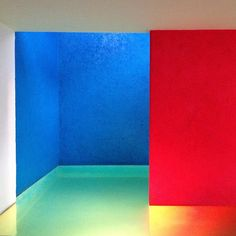 Amazing #interiors of the Casa Gilardi by #Pritzker laureate Luis Barragán. Photo by archdaily